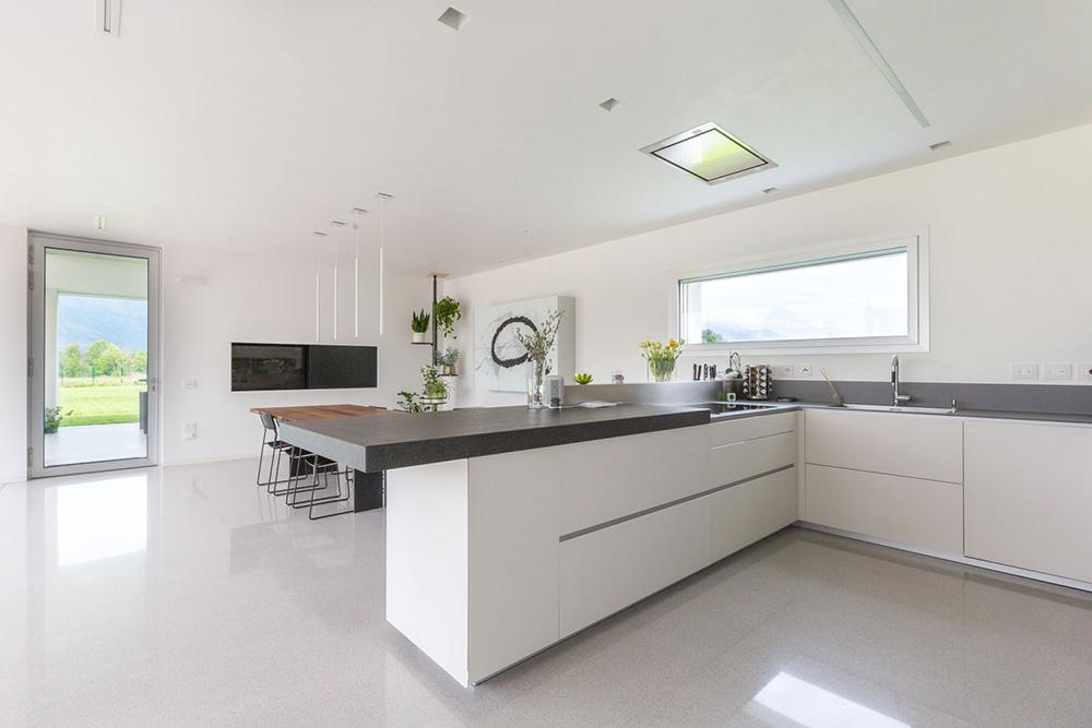 ristrutturazione cucina pavimenti e rivestimenti villa pordenone